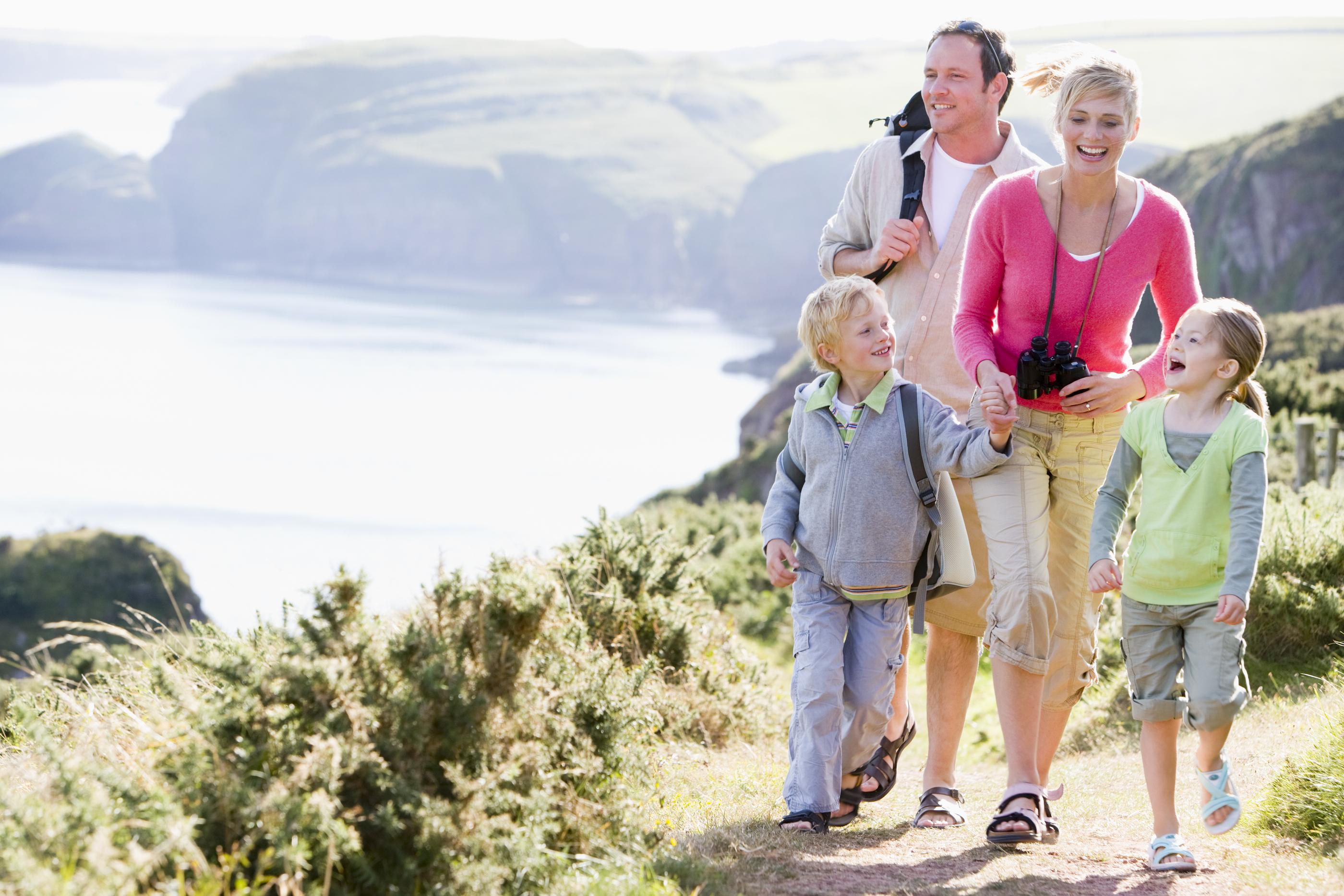 bigstock-Families-Walking-On-Cliffside-4136385
